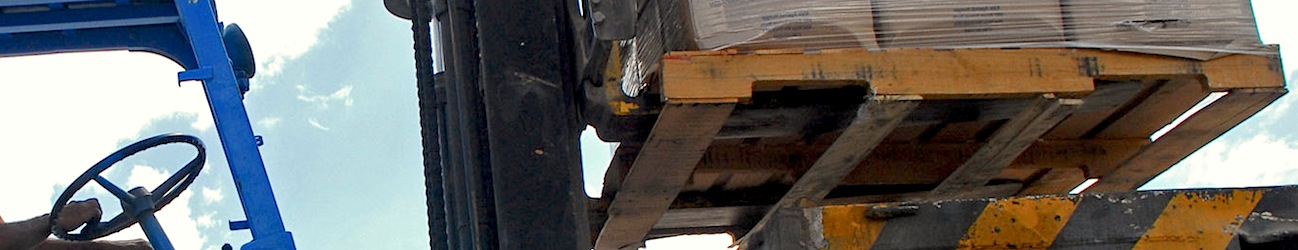 Avoid Demurrage - Forklift loading times considered when palletised freight is loaded onto truck